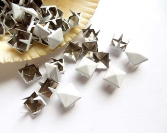 50 White Pyramid Square Studs - 9mm - 23-26