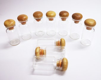 10 pcs. Clear Glass Bottles, 10cc Small Bottle with Wooden Top Cover