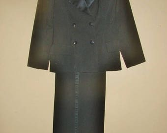 Gorgeous YSL Women's Wool Tuxedo Suit- 1980's Paris Label