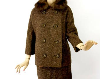 60s Wool Suit Ladies 2 piece Vintage Brown Wool Suit Fur Collar Double-Breasted Jacket Straight Skirt  Size Med Large Bust 38