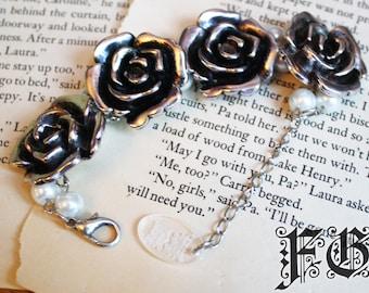 Charming Rose Beaded Bracelet