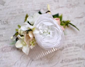 Romantic hair comb, Peony wedding flower, Wedding hair comb, Cream white hair flower, Bridal hair fashion accessories, Wedding hair clip