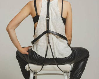 Body harness, black, leather harness, custom, leather body harness, fashion harness, women, leather craft, girlfriend gift, gift for her