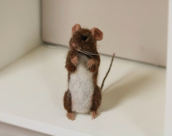 For Sale....Needle felted mouse.....who's there !!