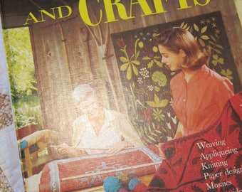 Vintage 1966 Better Homes and Gardens Stitchery and Crafts Book