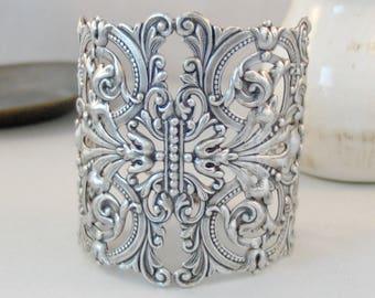 Traveling Gypsy,Personalized Bracelet,Gypsy Wedding,Bridesmaid Bracelet,Cuff,Silver Bracelet,Cuff Bracelet,Bracelet,Wedding,Bride,Birthstone