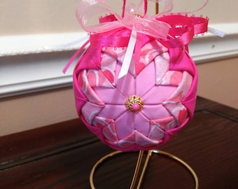 Valentines Day ornament, No sew Quilted decoration