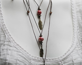 Boho-Chic Feather Charm Necklace