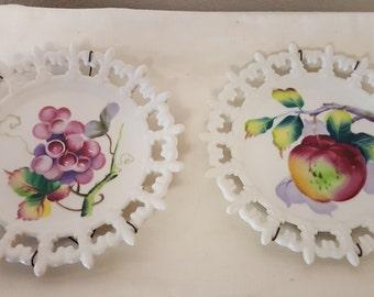 Pair of Vintage Lefton Fruit Plates with hangers, Lefton plates, lefton collectibles, Lefton China, fruit decor, Hanging plates, home decor
