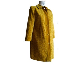 1960s 70s velvet hippie flowers BROCADE   Fitted COAT // size small
