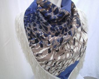Shawl, Women, blue-beige triangel cloth - Jersey cloth - Cloth with Animalprint - Fringes cloth - Gift for her