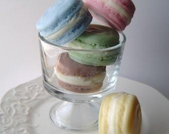 Französische Macaron Seife Geschenk Set - Französisch Makronen Ziegenmilchseife - rosa, blau, gelb, grün und braun - Muttertag Geschenk - Ostern - gefälschte Lebensmittel