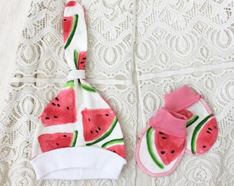 Newborn watermelon set: knotted beanie and baby mittens