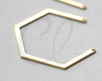 10 Pieces Raw Brass Geometry Pendant- 40x33mm (3122C-E-618)
