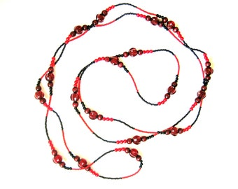 Valentine day jewerly. Red black beaded necklace. Romantic red necklace. Elegant red. Long bead necklace