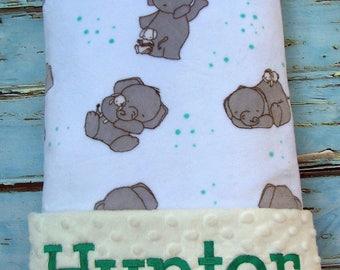 Toddler Blanket, Baby Gift, Baby Shower Gift, Personalized Baby Blanket, Baby Blanket, Blanket, Girl Blanket, Minky Blanket, Embroidered