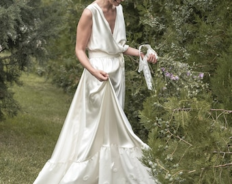 Jana -> Wedding dress in pure silk and cotton. Vintage inspired bridal gown. Boho wedding dress. Bohemian bride.