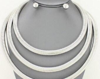 Tri-Strand Omega Layered Chain Necklace