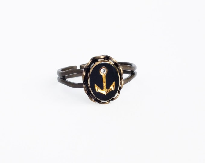 Anchor Ring Small Vintage Rhinestone Ring Black Gold Glass Ring Nautical Jewelry Small Rhinestone Ring Adjustable Brass Ring