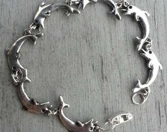 1970s Vintage Leaping Dolphin 7 Inch Bracelet