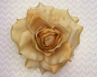 Pinup Hair Flower, Deluxe Rose Hair Flower, Floral Headpiece, Champagne Yellow, Rose Hair clip, Rockabilly Rose, Bridal Rose, Yellow Rose,