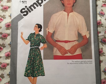 Pullover Dress Top Blouse Stand Up Collar Front Split Neckline Simplicity 9872 Size 12 Sewing Pattern Uncut Factory Folded UC FF Womens Miss