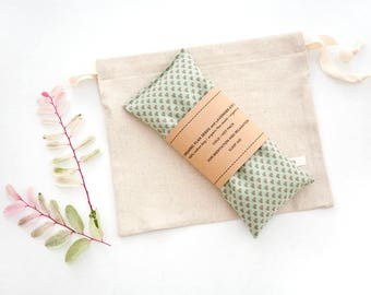 Lavender Eye Pillow - Gift for mom - Eye Pillow - Spa gift  - Sleep Aid - Gift for teacher - Organic flax pillow - Relaxation - Zen
