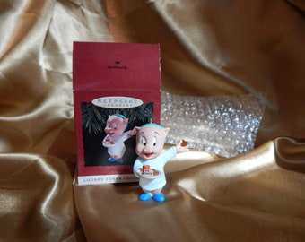 5 Looney Tunes Hallmark Collectible Ornaments Bugs Wiley Porky Sylvester Tweety