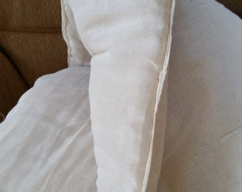 Wide Full Size Wool Comforter Batt with Cheesecloth Lining and Ties. 81 X 90.