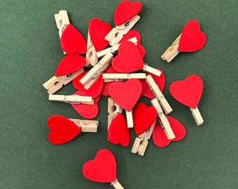 Red Heart Pegs - Mini Wooden Craft Pegs - Valentine Crafts - 20 x 25mm Pegs - Wedding Decoration - Scrapbook Pegs - Cute Embellishment