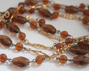 Vintage brown glass bead necklace.  Vintage jewellery