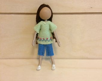 Molly - Multicultural doll - Dollhouse doll - Miniature doll - Bendy doll - Faceless doll - Waldorf doll - Montessori