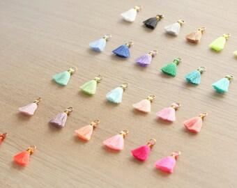 10 pcs of Mini Tassels DIY Craft Supplies Jewelry tassels Chunky tassel Short Boho tassels Small tassels Fringe Trim  - 18 mm