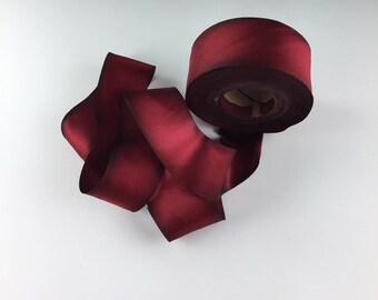 """1.5"""" mariage rouge cramoisi peint à la main ruban soie Harry Valentina Satin par la Cour"""