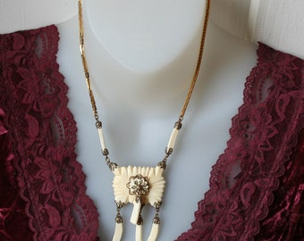 Tribal Necklace Carved White Gold Chain