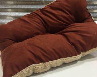 Jill Shearling Natural Pet Bed