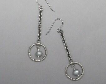 Gray Pearl and Sterling Silver Earrings Ear-221