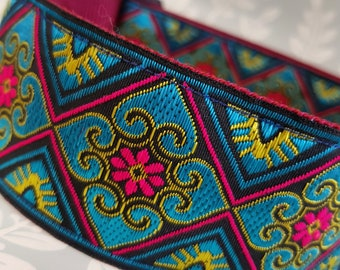 Stunning handcrafted jacquard collar...2inch wide