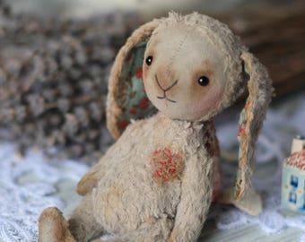 Small bunny, faithful companion !