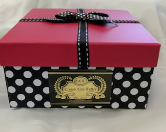 Gift Box,  choice of 1/2 lbs. or 1 lbs. in dark or milk chocolate toffee.  So delicious.
