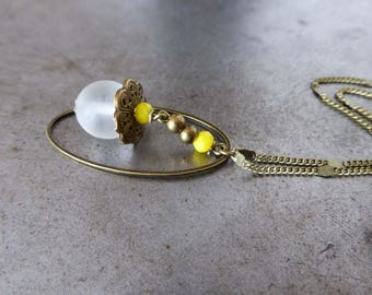 Necklace secret, and yellow transparent glass beads.