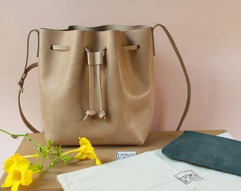 DUNTROON NEW MODEL // Lightweight // Leather Bucket Bag / Beige Color / Full Grain Leather / Handmade
