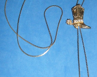 """Lovely  vintage  Lariat with  goldtone western boot    32"""""""