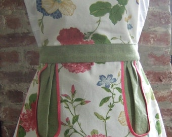 Full apron, cute and functional!