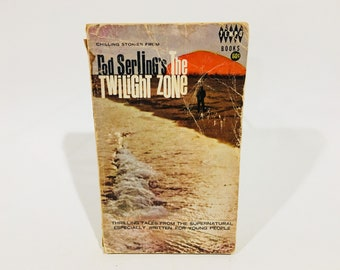 Vintage Sci Fi Book The Twilight Zone - Rod Serling 1965 Paperback Anthology