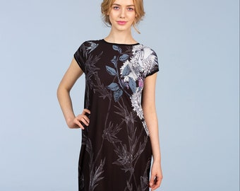 Night in the Garden - tunic with V back