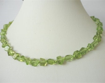 knotted necklace - Peridot necklace - gold filled necklace - nugget necklace - August Birthstone - Gold Peridot Necklace - peridot jewelry