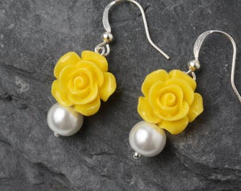 Yellow rose earrings, Bridesmaid earrings, Yellow bridesmaid jewelry, bridesmaid gift, garden wedding earrings, bright yellow earrings