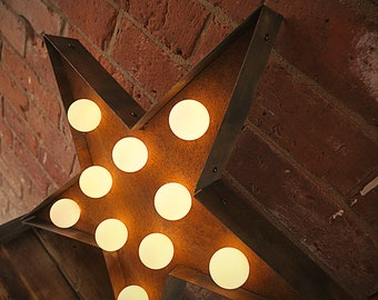 Rusted Marquee Star (Primitive // Rusted // Marquee Light // Wedding Decor // Relic)