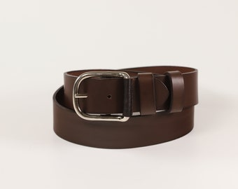 Leatherbelt handmade in 3 mm. Fullcrain Leather with stainless buckel. Top quality.